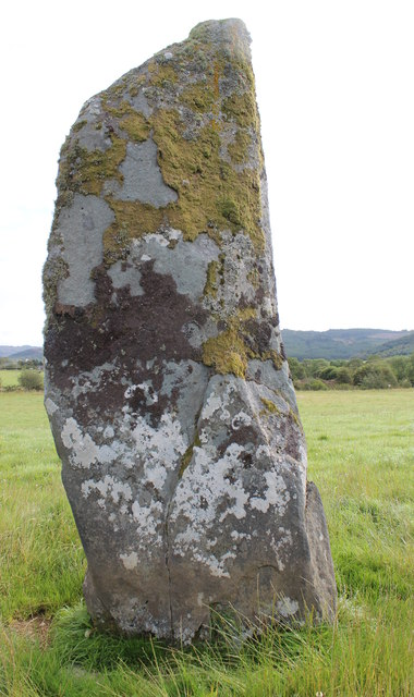 The cup-marked face of a standing stone, Dunamuck