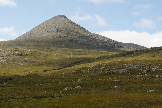 An Cliseam from the Abhainn Mharaig where it crosses the A859
