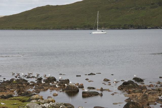 Yacht in Loch Seaforth (Siophort) off Scaladale