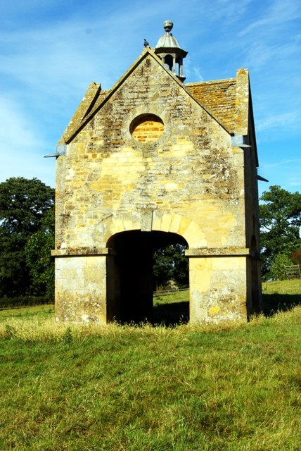 Dovecote at Chastleton