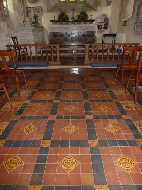 St Andrew, South Warnborough: approaching the altar