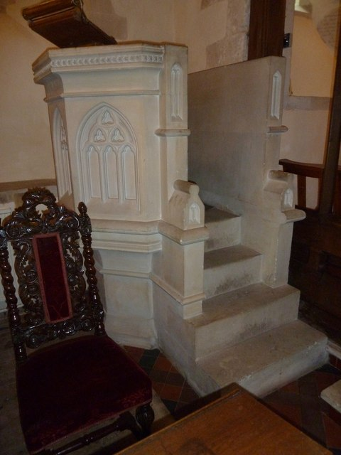 St Andrew, South Warnborough: pulpit