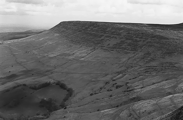 View towards Hay Bluff from Twmpa