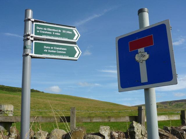 Rural East Lothian : Target Practice at Deuchrie Road-end