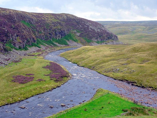 Junction of River Tees and Maize Beck below Cauldron Snout