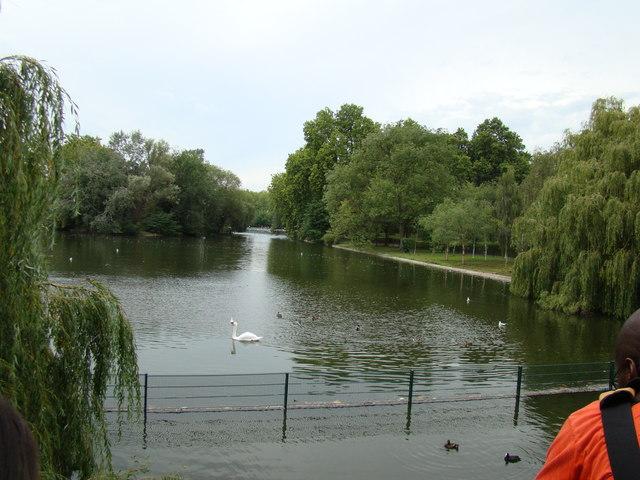 Regent's Park boating lake