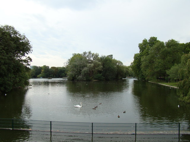 Braid in the Regent's Park boating lake