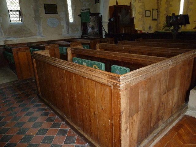All Saints, Long Sutton: pews