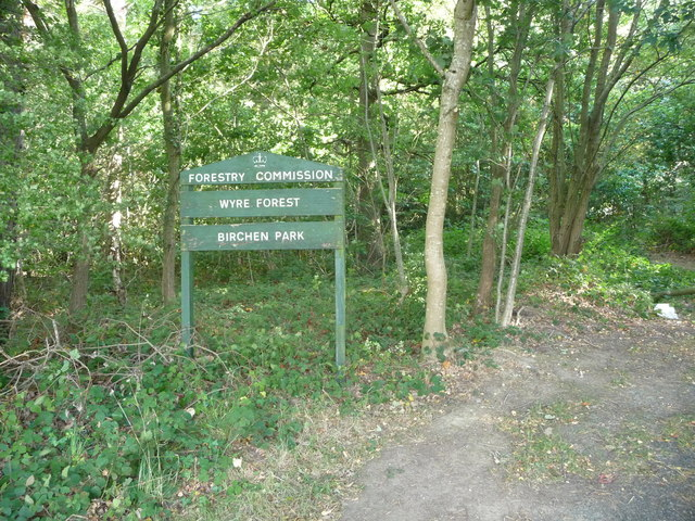 Footpath entrance into Birchen Park in the Wyre Forest