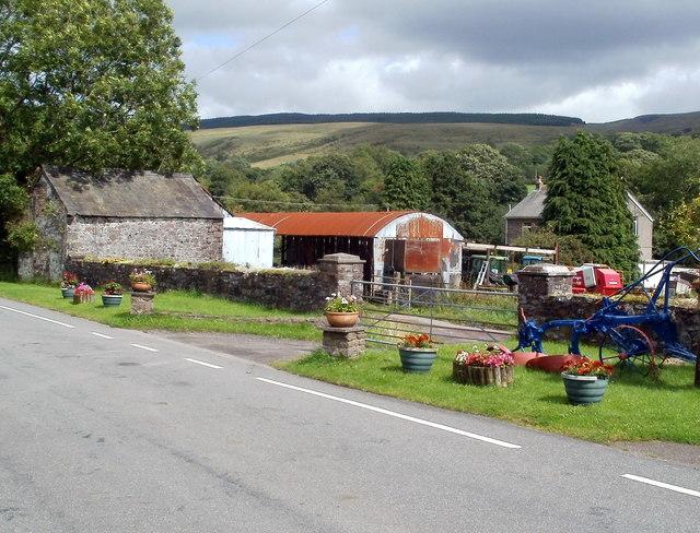 Farm buildings adjacent to Shoulder Cottage, Glyntawe
