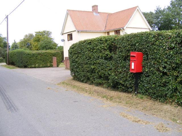 Bell Green & Bell Green Postbox