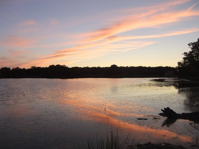 Evening sky at the Pen Ponds