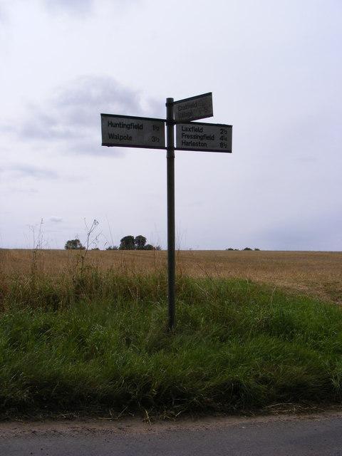 Roadsign on Huntingfield Road