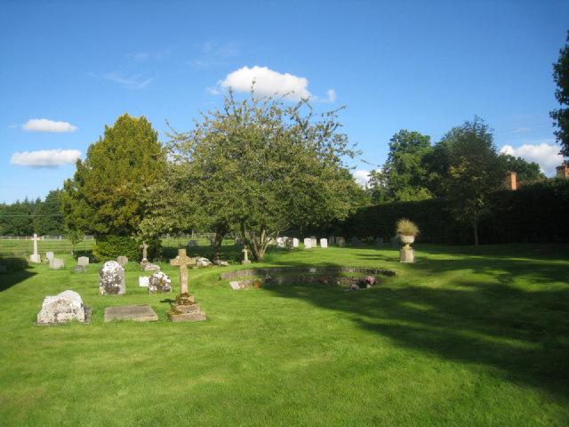 Churchyard - St Nicholas - Steventon