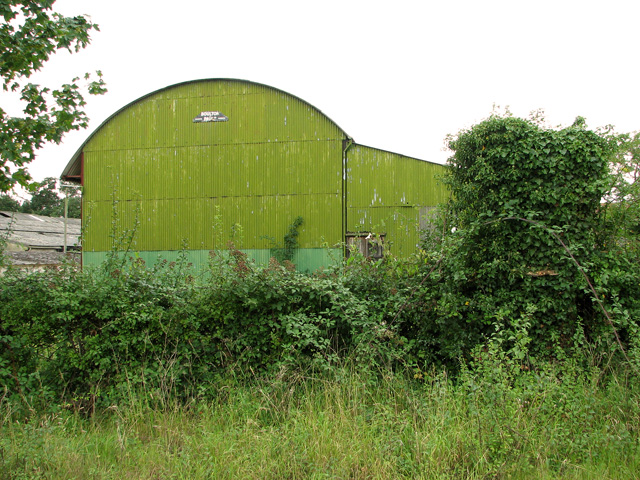 Green shed at Manor Farm, Cole's Green