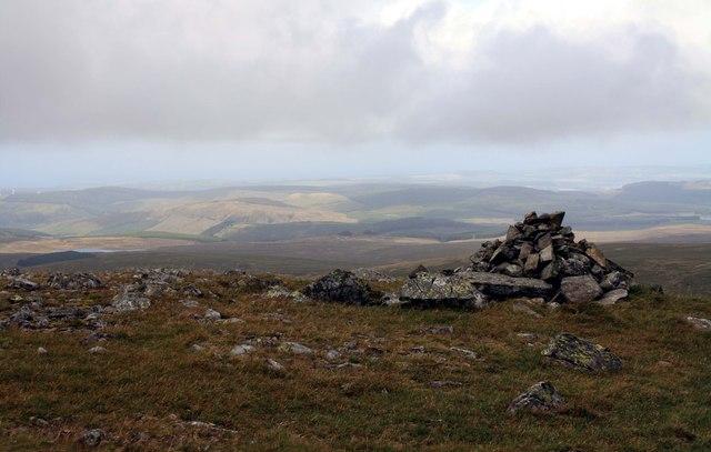 Cairn on Shalloch on Minnoch.