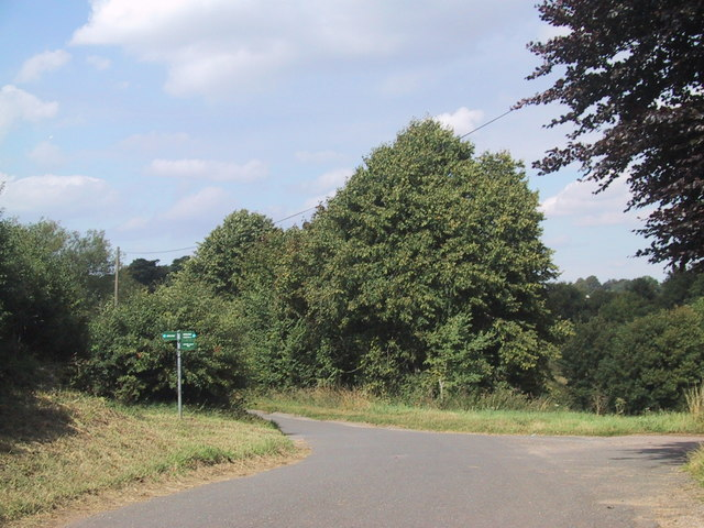 Bridleway crosses the road near Warren Lodge