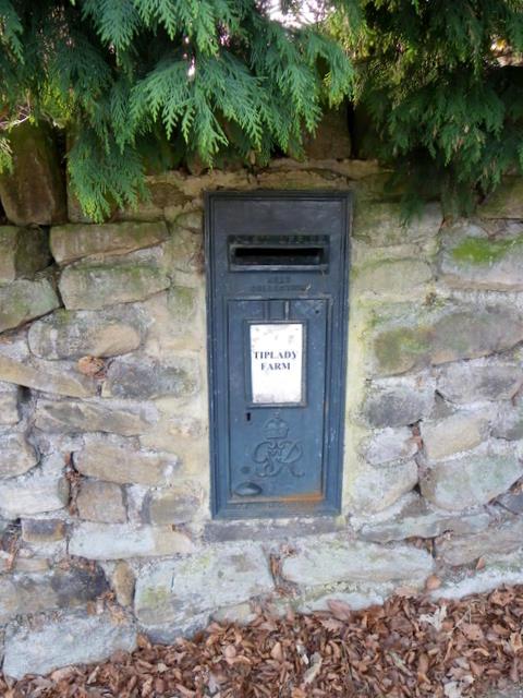 Postbox, Tiplady Farm