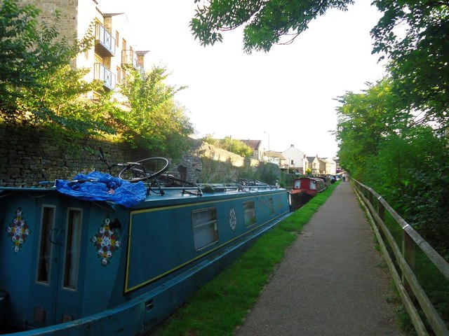 Skipton, Springs Branch Canal, footpath