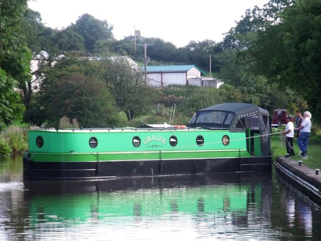 Low Snaygill, canal scene [2]