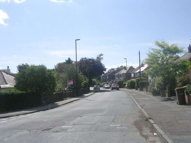 Lee Lane East - viewed from St Margaret's Road