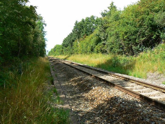 Railway to Gloucester from Swindon, near Minety
