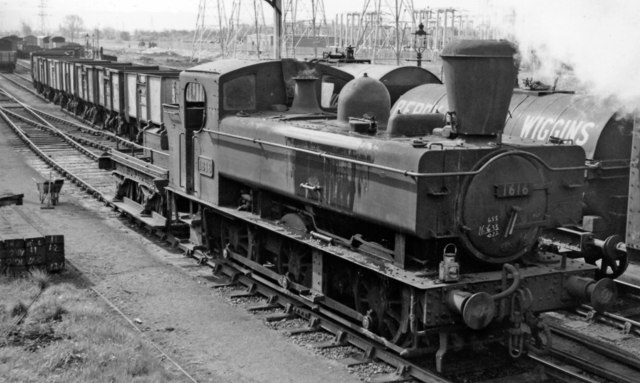 Shunting engine with spark-arrestor at Over Sidings, Gloucester