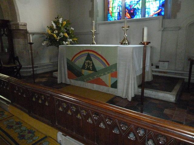 Odiham, All Saints: main altar