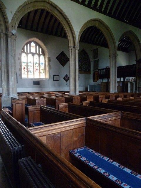 Odiham, All Saints: arches
