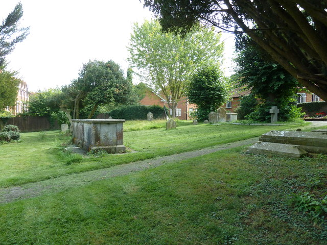 Odiham, All Saints: churchyard (5)