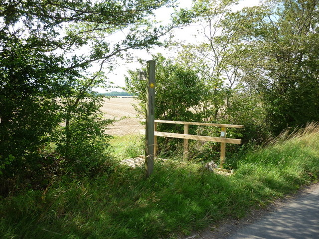 A path heading west to Catwick