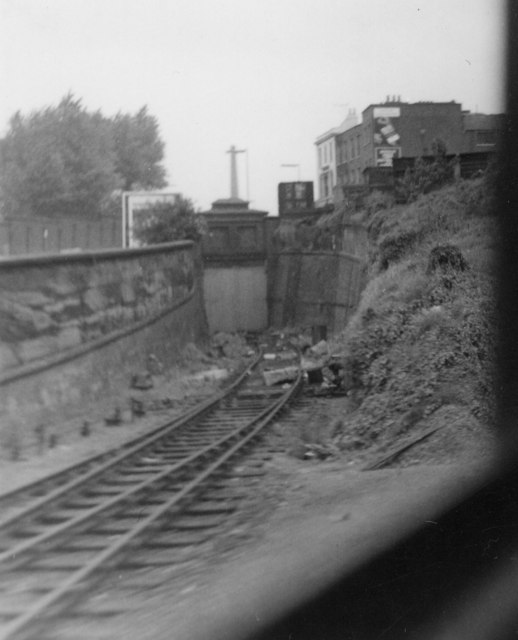 Former rail link to Woolwich Dockyard