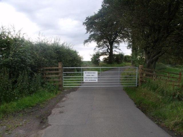 Jawcraig, private road