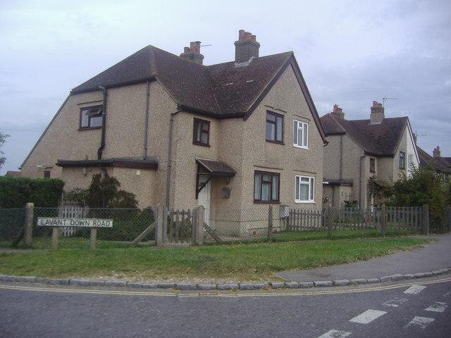 Houses on the corner of Lavant Down Road