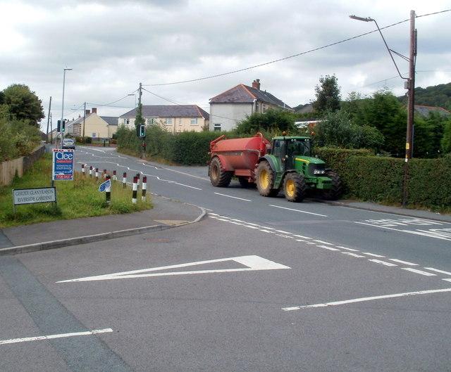 Tractor and trailer, Ynyswen