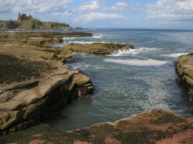 Entrance to Seacliff Harbour