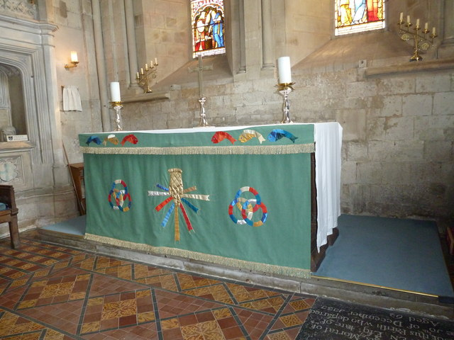 All Saints, Crondall: Trinity altar