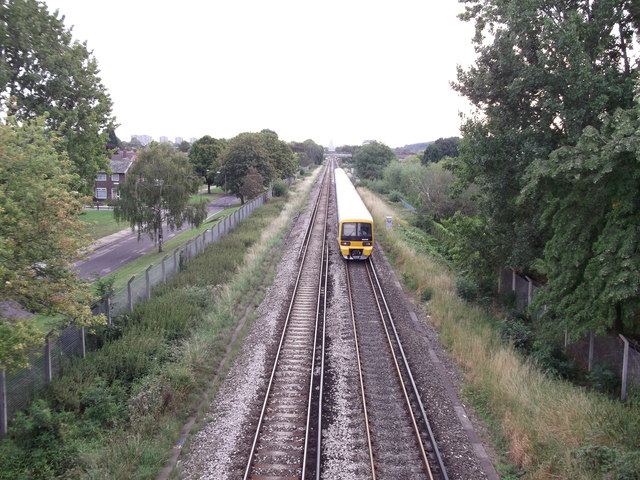 Railway to Abbey Wood, Train to Plumstead
