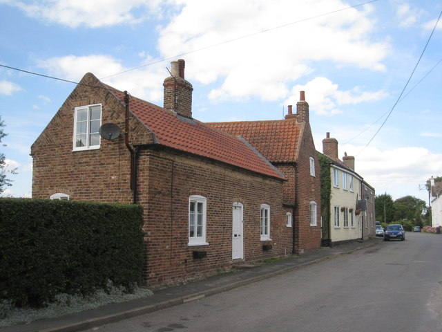 Cottages in Swallow Lane, Wootton