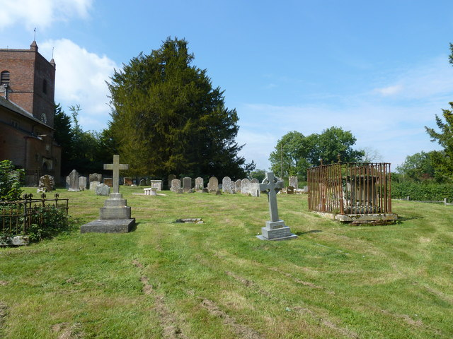 Churchyard of the Assumption of the Blessed Virgin Mary Upper Froyle- (e)