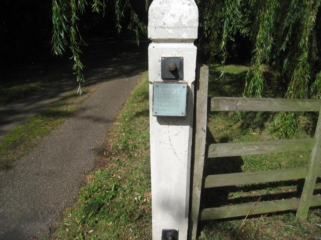 Bloody Gate, Wootton, detail