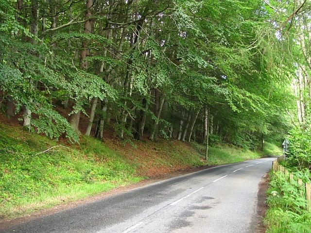 A827 under Drummond Hill