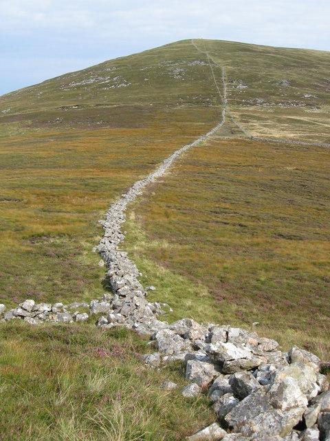 Collapsed walls on Mynydd Pennant
