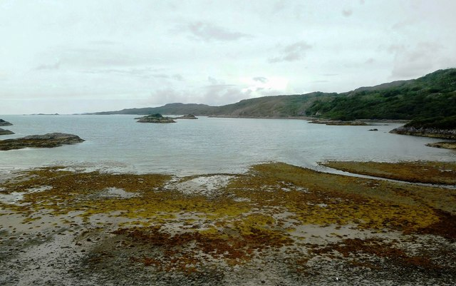 Loch nan Uamh Bay