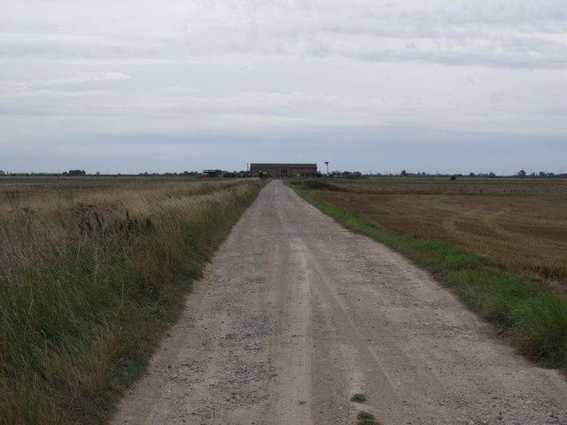 Black Drove towards Gashes Barn