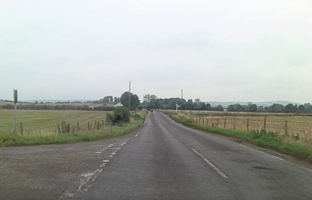 Turning to Littlestoke Manor from B4009
