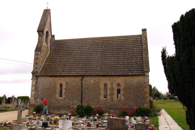 The chapel in Highworth cemetery