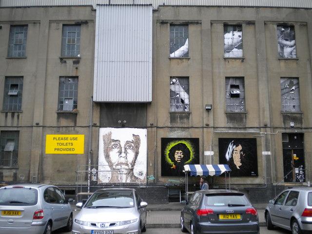 Wall and window art, Dray Walk E1