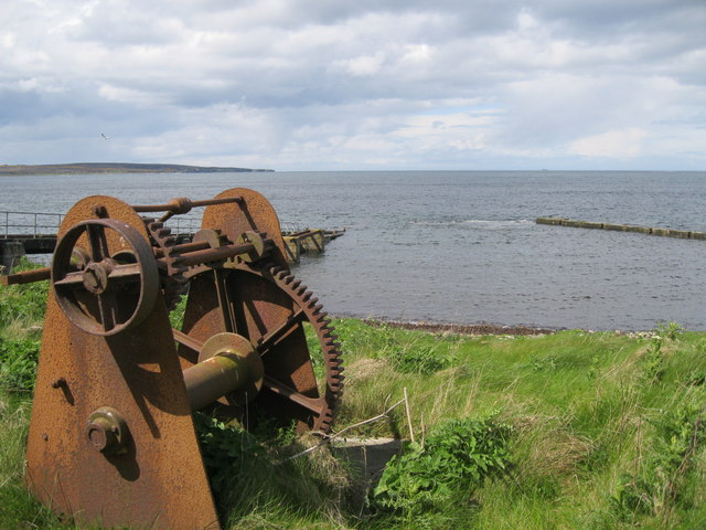 Old winch at Huna Harbour