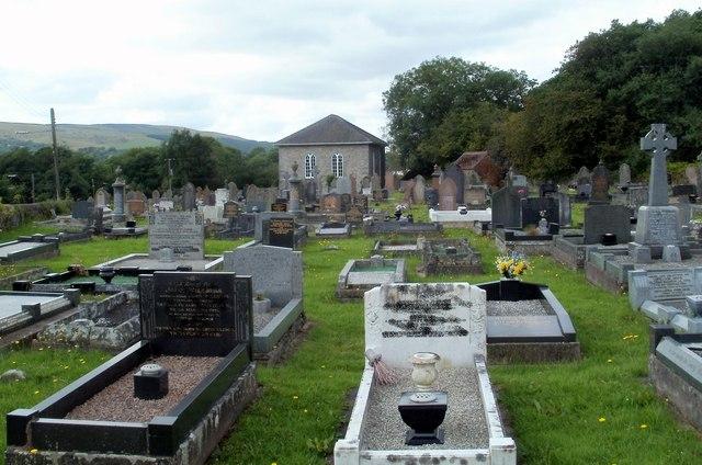 Churchyard, Capel Ty'nycoed, Ynyswen